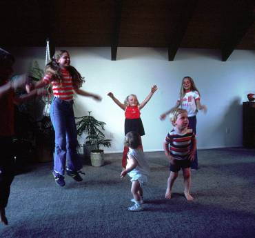8 Fun Ways to Exercise with Your Children